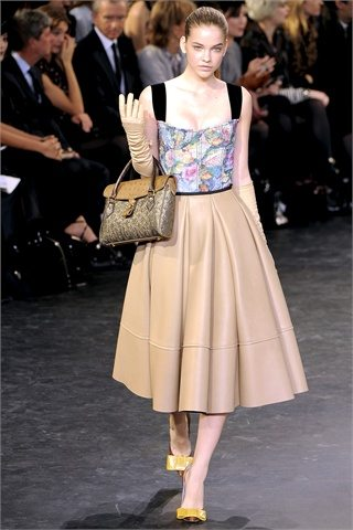 Louis Vuitton Post War Autumn Winter 2010 : Fashion Trends :What to Buy Now