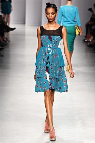 Antonio Marrass Spring Summer 2012. 1jpg Prada: D&G: Etro:Versace: Antonio Marrass: Milan Fashion Week
