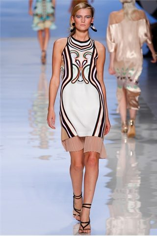 Etro Spring Summer 2012 Prada: D&G: Etro:Versace: Antonio Marrass: Milan Fashion Week