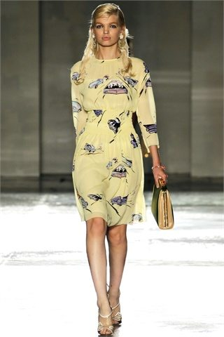 prada spring summer 2012.3jpg Prada: D&G: Etro:Versace: Antonio Marrass: Milan Fashion Week