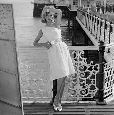 Famous Fashion Photographers on 1950   S Fashion     Gabrielle Teare   Personal Stylist